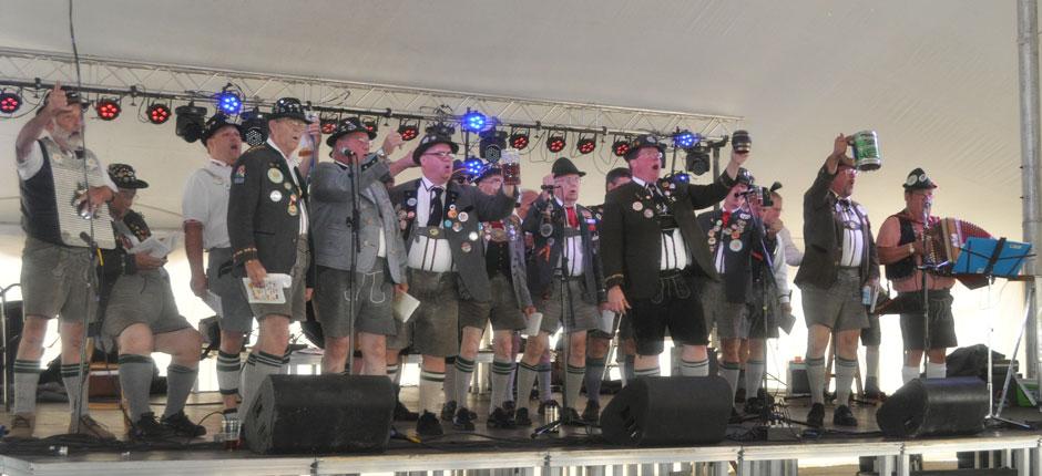 Oktoberfest-Singers